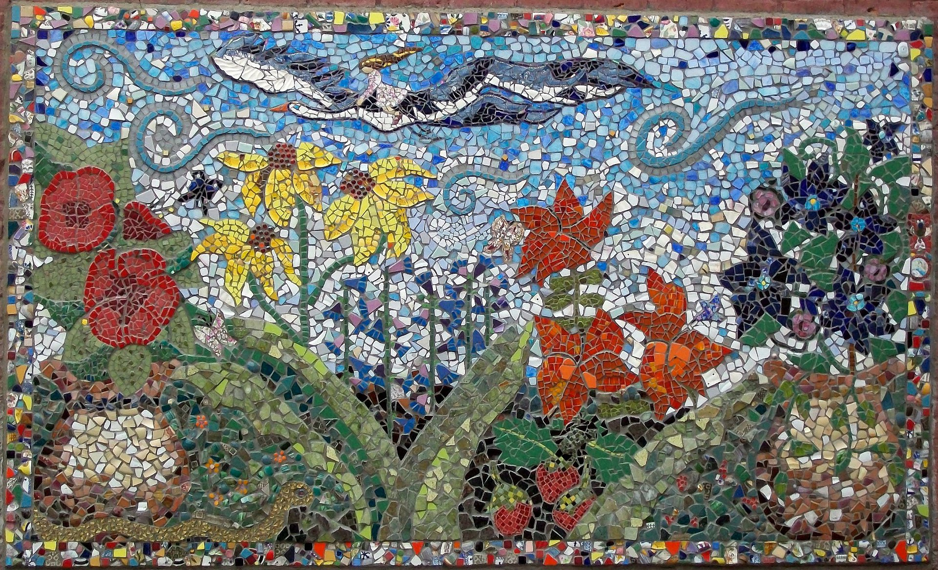 Fairfield iowa s mosaic murals by karla christensen for Garden artist designs